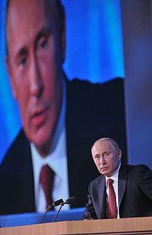 Vladimir putin wikipdia a enciclopdia livre putin em uma de suas conferncias anuais conhecidas como linhas diretas fandeluxe Image collections