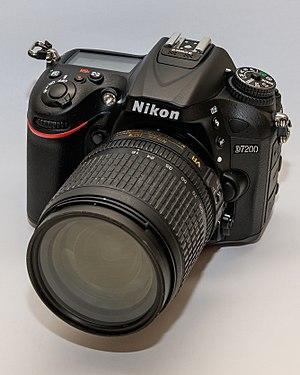 Nikon D7200 - Image: Nikon D7200 01 2016 img 4 with Nikon 18 105