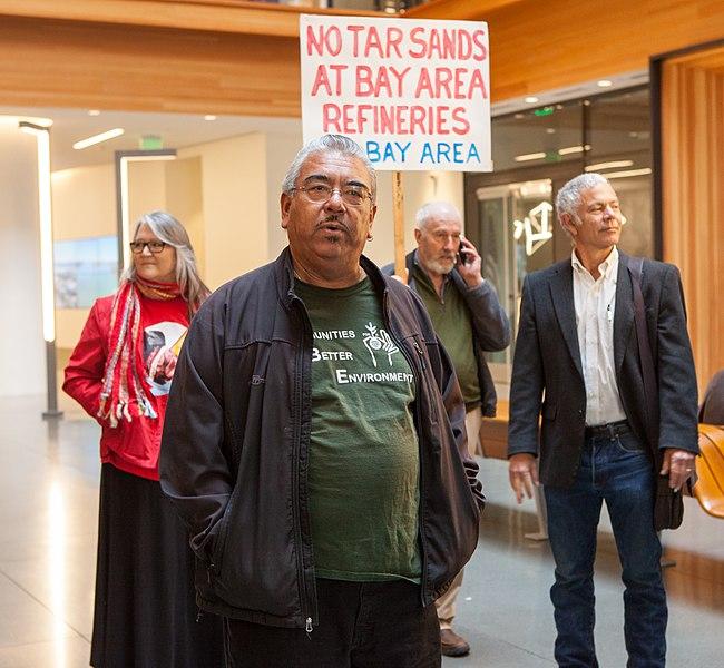 File:No Tar Sands in SF Bay protest 20180319-0950.jpg