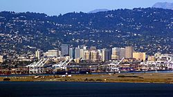 Oakland Skyline Telephoto.jpg