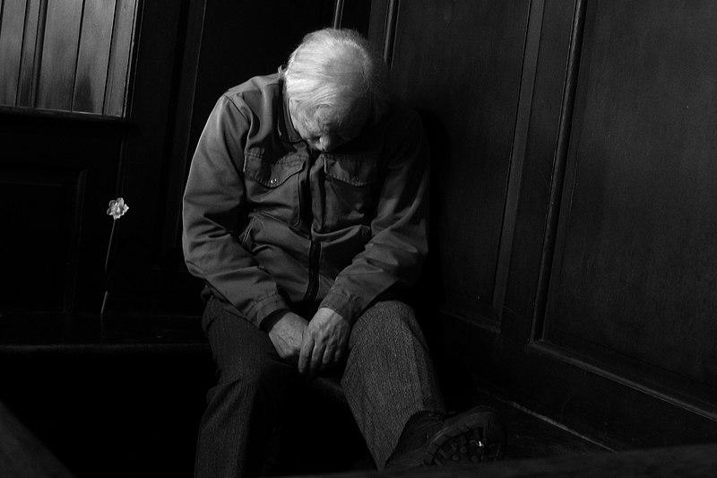 File:Old Man in Church 4888830438.jpg