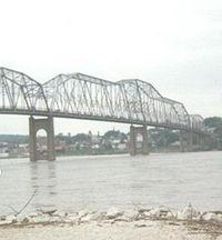 Old Mark Twain Memorial Bridge.JPG