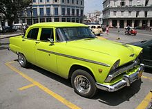 Old US car in Havana - Flickr - exfordy (1).jpg
