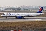 Onur Air, TC-ONS, Airbus A321-131 (39923028532).jpg