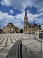 Opernhaus und Petrikirche in Chemnitz. 2H1A2115WI.jpg