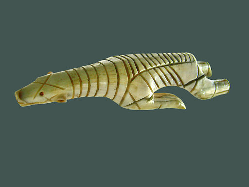 Ours nageant (Musée du quai Branly) (3034045389)
