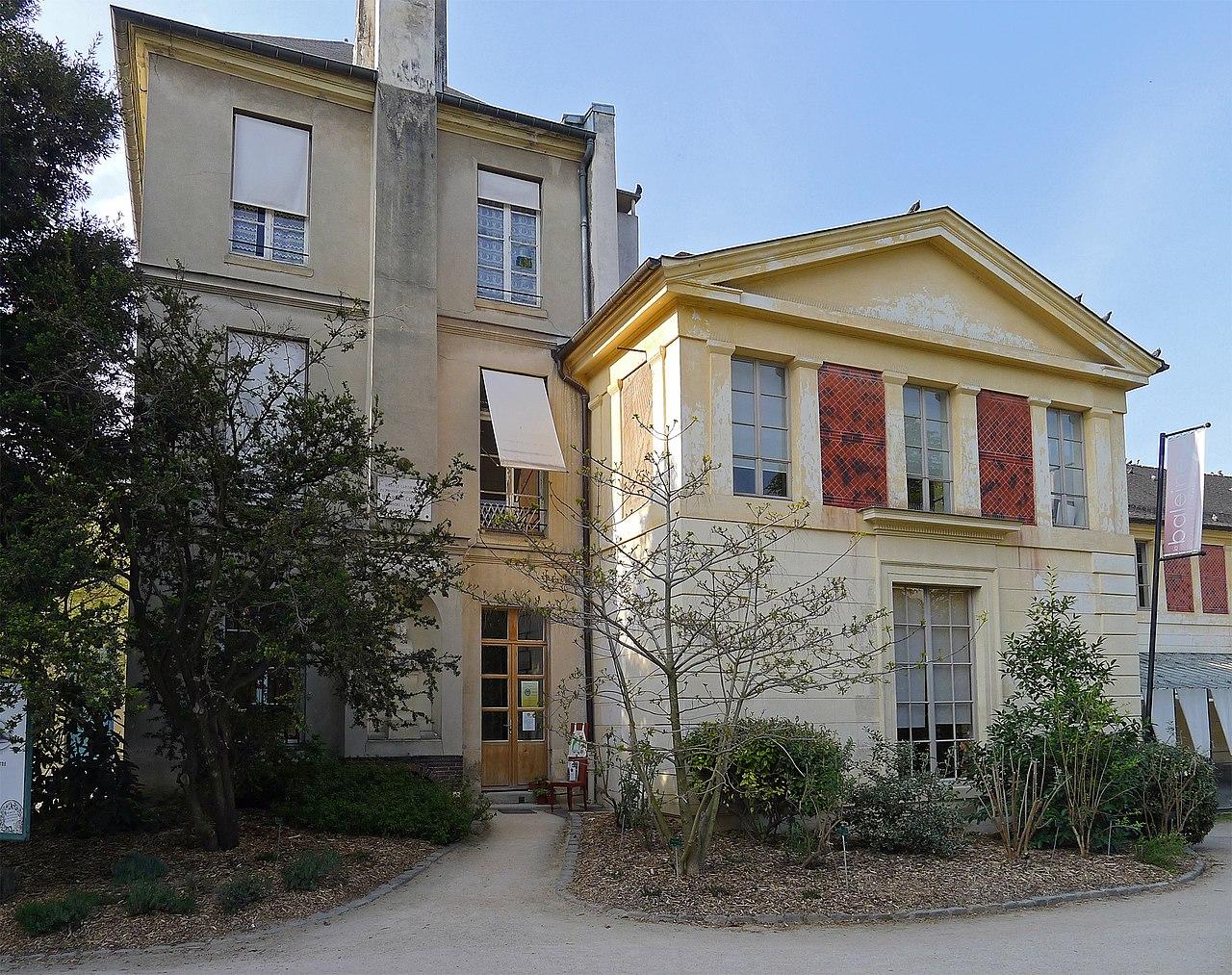 Fichier p1240507 paris v jardin des plantes maison cuvier wikip dia for Maison du jardin paris