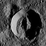 PIA20937-Ceres-DwarfPlanet-Dawn-4thMapOrbit-LAMO-image175-20160602.jpg