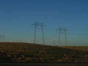Path 66 - Image: Pacific Gas and Electric 500 k V power lines