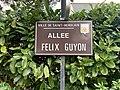 Panneau de la rue Félix Guyon (Saint-Herblain).jpg
