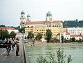 Passau-08-Innbruecke-Dom-2003-gje.jpg