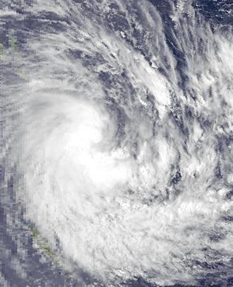 1986–87 South Pacific cyclone season - Image: Patsy Dec 15 1986 0330Z