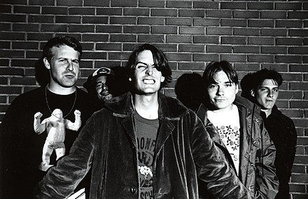 Lo-fi indie rock band Pavement Pavement, the band, in Tokyo.jpg