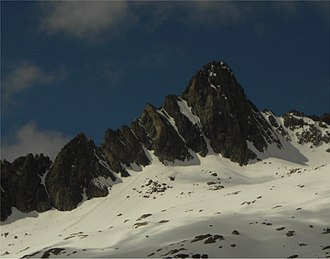 Néouvielle massif - North side of Pic Ramougn from Hourquette d'Aubert