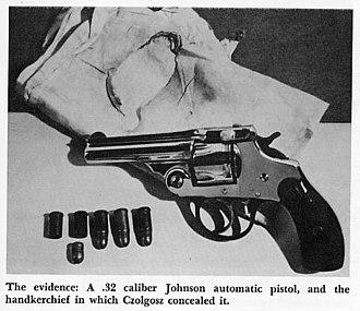 Leon Czolgosz - The Handkerchief, pistol and bullets used by Czolgosz