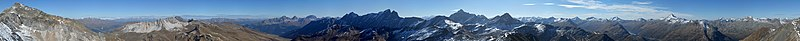 Piz Alv (Oberhalbsteiner Alpen) Panorama.jpg