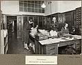 Plassmangel. Sekretariat og Innkjøpskontor, Universitetsbiblioteket 1929 (9561066147).jpg