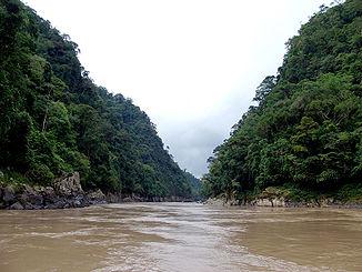 Мараньон после устья Рио Сантьяго возле Борхи