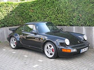 Rear-engine, four-wheel-drive layout - Image: Porsche 911 (964) Turbo (10317085456)