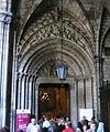 Porta claustre catedral de Barcelona.jpg