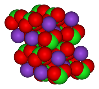 Potassium chlorate - Image: Potassium chlorate crystal 3D vd W