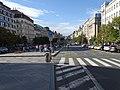 Praha, Václavské náměstí, od koně, přechod a stanoviště taxi.jpg