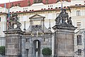 Praha 1, Pražský hrad, I. nádvoří 20170807 005.jpg