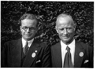 Otto Ruff - Prof. Ruff (r.) with assistant Manfred Giese (l.) between 1932-34