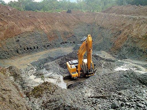 Retroexcavadora - Minería Ilegal en Colombia
