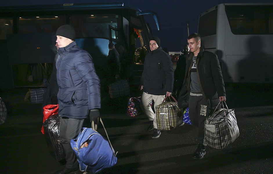 Return of liberated citizens to the territory controlled by Ukraine (2019-12-29) 065.jpg