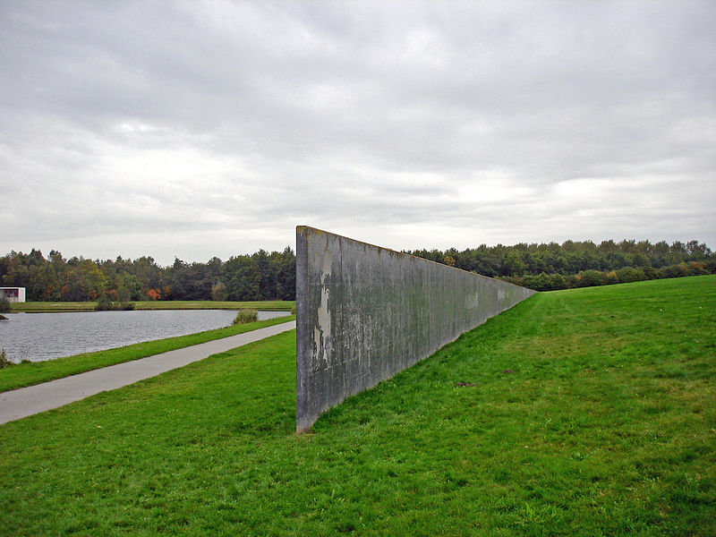 Richard Serra Sealevel1.jpg