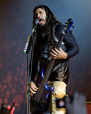 St. Anger - Image: Robert Trujillo live in London 2008 09 15