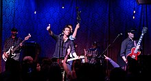 Roger Clyne and the Peacemakers 2015.jpg