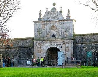 Royal Citadel, Plymouth - The Baroque main gate of the Royal Citadel. Note the date 1670 above the arch.