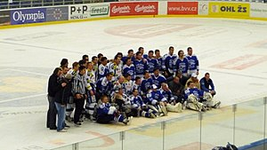 HC Kometa Brno - Players and fans of Kometa during 2011 post-season friendly match.