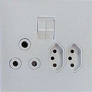 IEC 60906-1 - Image: SANS 164 1 & 164 2 sockets