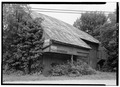 SOUTHEAST FRONT AND SOUTHWEST SIDE - Barn, Bull Road, U.S. Route 30 vicinity, York, York County, PA HABS PA,67-YORK.V,3-1.tif