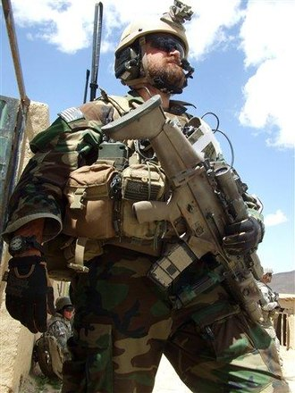 FN SCAR - U.S. Air Force Special Tactics Officer with the SCAR-L (Mk 16) in Afghanistan.