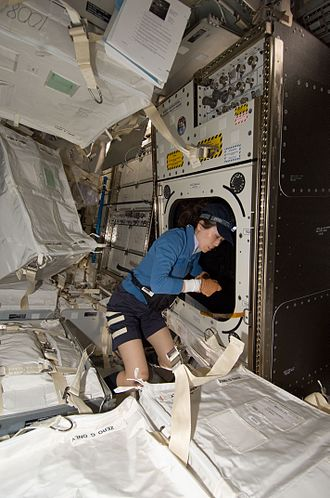 Destiny (ISS module) - Naoko Yamazaki installing Window Observational Research Facility
