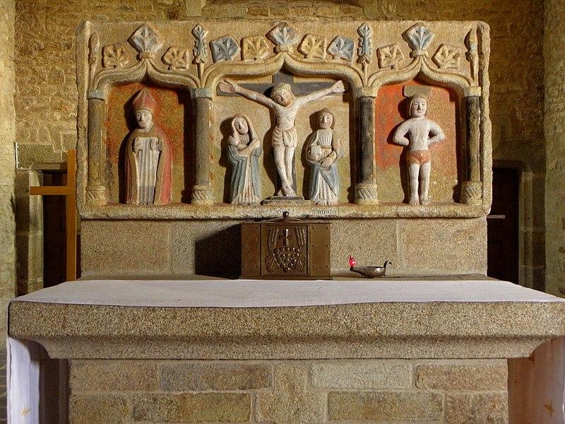 Retable du maître-autel de l'église Saint-Berthevin de Saint-Berthevin-la-Tannière (53).