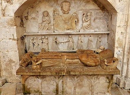 Gisant attribué à Jean de Thil, église de Saint-Thibault.