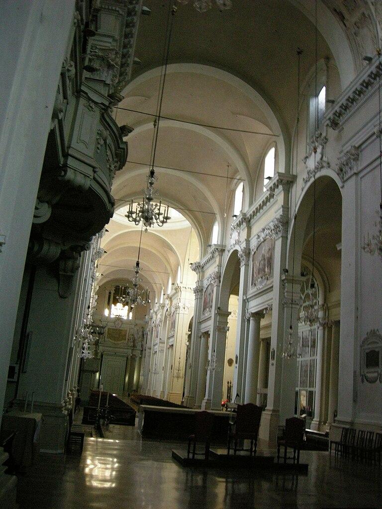 File San Domenico Bologna Interno 03 Navata Destra Jpg