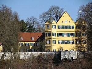 Prince Luitpold of Bavaria (b.1951) - Image: Schloss Leutstetten 2