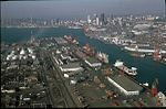Seattle - Harbor Island and East Duwamish Waterway, circa 1980 (24751255614).jpg