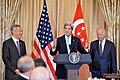 Secretary Kerry Delivers Remarks at a State Luncheon in Honor of His Excellency Lee Hsien Loong in Washington (28663211621).jpg