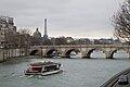 Seine - Pont Neuf, Tour Eiffel, Vedettes de Paris et Institut de France.jpg