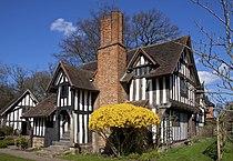 Selly Manor 1 (5537731498).jpg