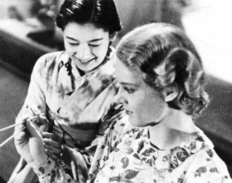 The Daughter of the Samurai - Setsuko Hara and Ruth Eweler in Atarashiki Tsuchi