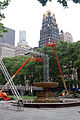 Setting Up Screens In Bryant Park (3618374021).jpg