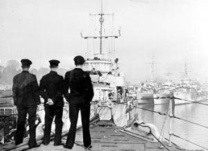 HMS Ferret (shore establishment 1940) - Image: Ships at HMS Ferret